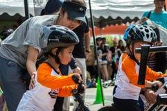 Чемпионат Chiangrai велосипеда баланса флиппера, дети участвует в гонке велосипеда баланса Стоковое Изображение RF