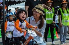 Чемпионат Chiangrai велосипеда баланса флиппера, дети участвует в гонке велосипеда баланса Стоковые Изображения RF