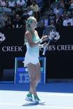 Чемпион Виктория Azarenka грэнд слэм Беларуси празднует победу после круглой спички 4 на открытом чемпионате Австралии по теннису Стоковое Изображение