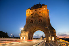 Черви Германия башни и моста Nibelungen в вечере Стоковое фото RF