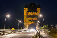 Черви Германия башни и моста Nibelungen в вечере Стоковое Изображение