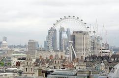 Через Вестминстер к южному берегу, Лондон Стоковая Фотография