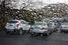 Через влажное окно Стоковая Фотография
