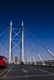 через мост jaywalking mandela Нелсон Стоковая Фотография RF