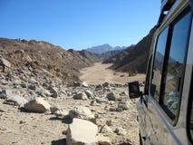 Через пустыню Стоковое Фото