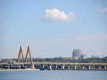 через реку моста Стоковое Фото