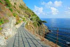 Через dell'Amore (Cinque Terre, Италию) Стоковые Фото