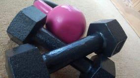 Череп и кости пола весов Стоковое фото RF
