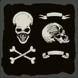 Череп и кости, бесплатная иллюстрация