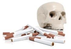 череп сигарет Стоковое фото RF