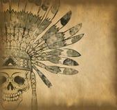 Череп с индийским головным убором на старой бумаге Стоковые Фотографии RF