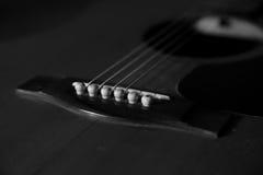 черная белизна гитары Стоковое Изображение