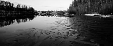 Черная вода со льдом Стоковое фото RF