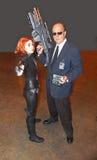 Черная вдова и агент Coulson от серии кино чуда Стоковые Фотографии RF