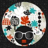 Черная головная женщина в ретро солнечных очках Стоковая Фотография