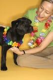 черная играя женщина щенка Стоковое Изображение RF