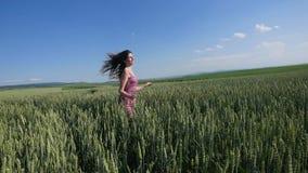 черная изолированная свобода принципиальной схемы счастливая женщина outdoors Стоковая Фотография RF