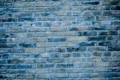 Черная кирпичная стена, темная предпосылка для дизайна Стоковая Фотография