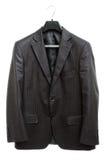 черная куртка вешалки стоковое фото rf