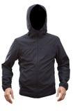 Черная куртка при руки клобука и человека изолированные на белой предпосылке Стоковые Изображения