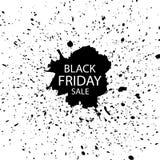 Черная надпись продажи пятницы на абстрактных помарках и акварели чернил Черный шаблон пятницы для ваших знамени или плаката сбыв иллюстрация штока
