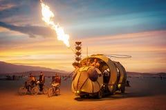 Черная пустыня утеса, США - 2-ой из сентября 2016: Горящий человек Стоковое фото RF