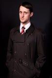 черная связь человека пальто стоковая фотография rf