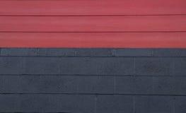 Черная стена древесины красного цвета кирпича Стоковое фото RF