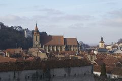 Черная церковь Biserica Neagra и панорама Brasov, Стоковая Фотография RF