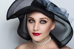 Черная шляпа женщины Стоковая Фотография RF