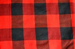 черная checkered текстура красного цвета ткани Стоковые Изображения