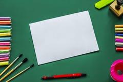 Чернила фонового изображения и другие чертегные инструменты Стоковые Фотографии RF
