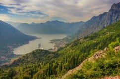 Черногория время утра montenegro kotor залива Стоковое Фото