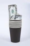 Черное бумажное стекло с деньгами Стоковое фото RF