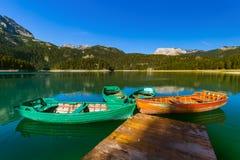 Черное озеро Crno Jezero в Durmitor - Черногории Стоковые Изображения