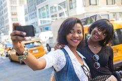 Чернокожие женщины в Нью-Йорке Стоковые Изображения RF