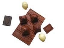 Чернота и молочный шоколад с миндалинами стоковое фото rf