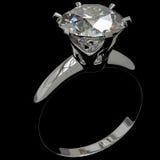 Чернота кольца с бриллиантом Стоковые Фото