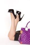 чернота кренит высокую женщину Стоковое Фото