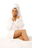 чернота кровати красотки с волосами Стоковое Фото