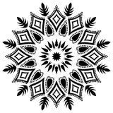 Черно-белая линия иллюстрация флористических лист мандалы искусства стоковое фото rf