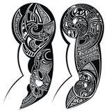 Черно-белая татуированная татуировка руки Стоковые Изображения