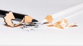 Черно-белые карандаши с Shavings 1 Стоковое Изображение RF