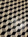 Черно-белые плитки пола стоковая фотография rf