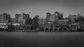 Черно-белый взгляд станции Howrah как осмотрено от Mallick Ghat стоковое изображение rf