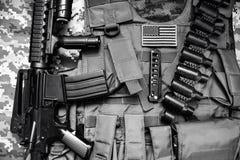 Черно-белый кладя тактический состав оборудования Стоковые Фотографии RF