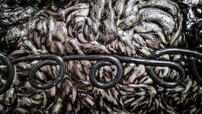 Черно-белый пластиковый материал после плавя текстуры стоковые изображения