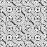 Черно-белая безшовная картина с леденцами на палочке Стоковая Фотография