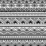 Черно-белое безшовное этническое происхождение также вектор иллюстрации притяжки corel Стоковая Фотография RF