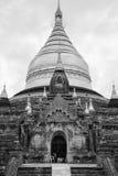Черно-белое фото бирманского виска в Bagan Стоковое Фото